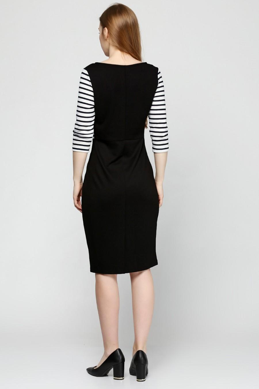 Платье трикотажное в полоску V-3015